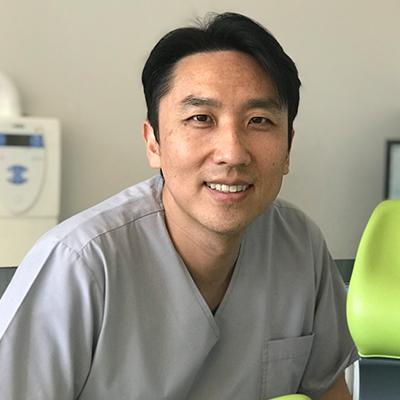 Dr Damian Dentist On Warrigal Cheltenham